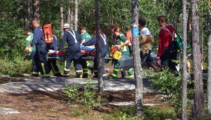 Kvinnan fördes med ambulans till Östersunds sjukhus där hon, trots upplivningsförsök under färden, dödförklarades.