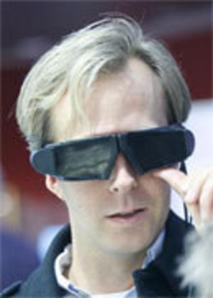 Pratstyrd musik och internet i glasögonen
