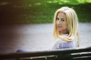 Liza Marklund avslutar sin romansvit om kvinno- och tidningsliv i dagens Sverige.   Foto: Annika Marklund