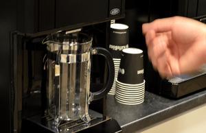 När butiksmarknaden försvann växte kaffeautomatsidan.