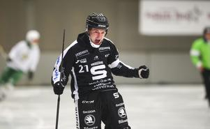 Christoffer Edlund jublar i matchen mot Hammarby.