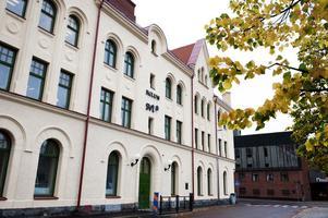 Numer hittas kommunens reception i Egnellska huset, eller