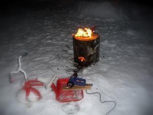 Bränna stubbe är en tradition hos dem vi var på nyårsafton. Vad att göra när stubben inte vill brinna.