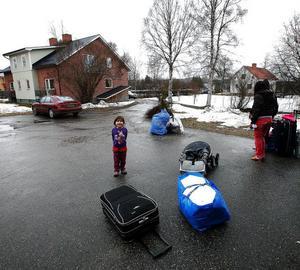 Femåriga Gabriella från Serbien gillade både regn, snö och att bli fotograferad.