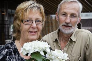 Veteraner. Maud Eriksson och Bengt Eriksson har drivit handelsträdgården tillsammans i 20 år.