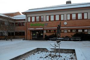 Under nedläggningshot. Wadköpings utbildningscenter.