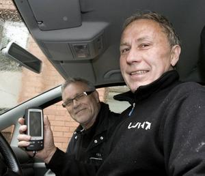 MILJÖVÄNLIG KÖRNING. I går var det inte isracing på schemat för Posa Sereniusk utan ecodriving med Kjell Johansson, utbildad sparcoach och jobbar även vid ambulansen Gävleborg.