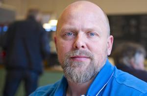 Crister Lindh vid Företagarna har ordnat utbildning i att annonsera på Facebook tillsammans med Studieförbundet Vuxenskolan.