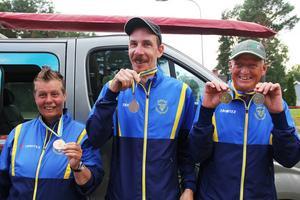 Siv Nilsson tog ett silver och ett brons, Daniel Edlund tog två silver och Göran Ström tog två brons i Parasport-SM i Söderhamn i helgen.