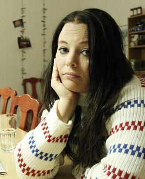 Jamina Jansson uppmanar alla att delta i den stora julklappsinsamlingen.