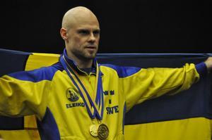 Fyra guldmedaljer blev det för Thomas Wulffeld. En för varje av de tre grenarna, samt en för det sammanlagda resultatet av de tre.