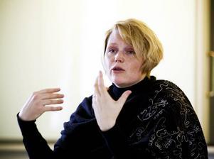 PÅ GÄVLEBESÖK. It- och regionminister Anna-Karin Hatt (C) besökte på måndagen Gävle för att diskutera möjligheterna att skapa tillväxt i regionen.