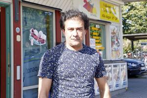Mehdi Attabipour, är morbror till sexåriga Matin, som på måndagskvällen blev misshandlad och dödshotad  av en okänd man vid Resecentrum i Gävle.