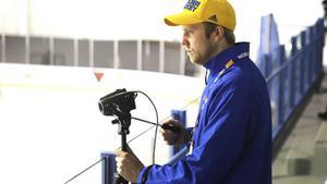 Johan Andersson har tidigare jobbat som videocoach på Svenska ishockeyförbundet
