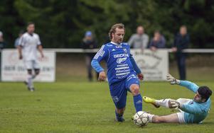 Johannes Körkkö är en av lagets hypokondriker. Larsson menar dock att det är förståeligt med tanke på anfallarens spelstil.
