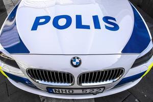 Polisen grep två rånmisstänkta män på måndagskvällen.