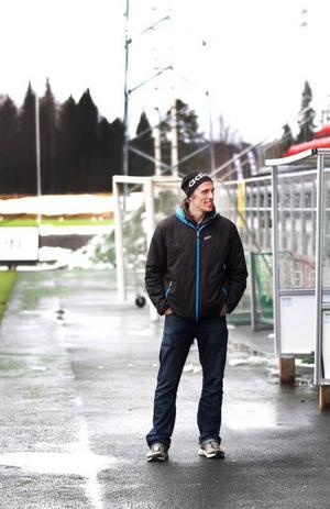 I år fick han kliva in i ÖFK under sommaren, den kommande säsongen kan ta slut i sommar – om han inte lyckas spela till sig en förlängning av kontraktet.