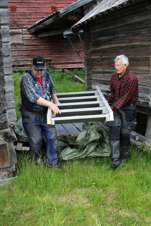 En av de tre trappor som Sture Sjöström och Örjan Ekerman ska byta.