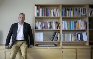 Göran Arrius och Saco varnar för att akademiker allt oftare sjukskrivs på grund av stress.