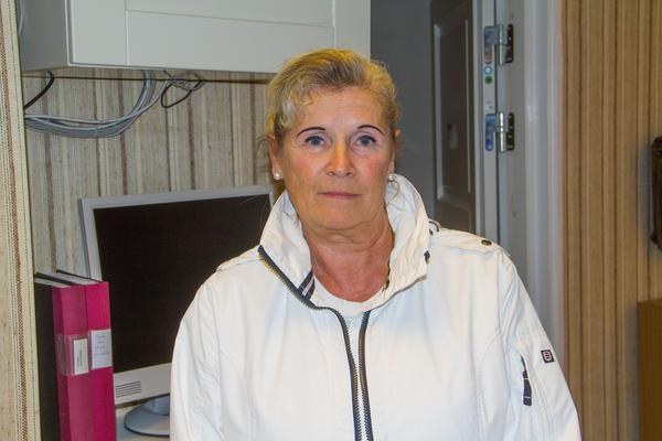 Agnetha Törnberg, skyddsombud och assistent på kansliet i Skinnskatteberg med Hed och Gunnilbo församling.