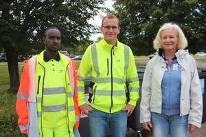 – Det är viktigt att ha en dialog vad som fungerar och inte.  Ali Abikar och Magnus Fridolfsson, Fågelmyra återvinningscentral och Ulla Krohn, Förpacknings- och Tidningsinsamlingen.