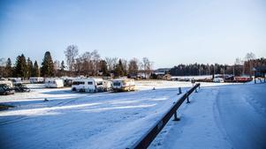 Alla långliggarna på Farstanäs camping ska bort – det har Länsstyrelsen beslutat.