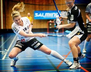 Kajsa Lihagen höll på att rädda ÖSK, men laget förlorade igen.