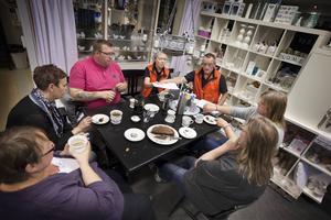 Elfte juni höll samordnaren för nattvandring i Östersund, Nils-Ivar Odelberg, ett informationsmöte för nattvandrarna i Strömsund. Nu är planen att få i gång verksamheten igen.
