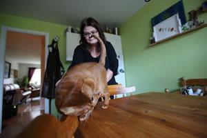 Charlie har kommit bra överrens med Jennys andra katt Izzie.