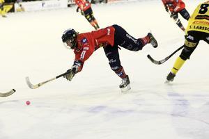 Joakim Svensk och hans Edsbyn föll på Hällåsen i kvartsfinal två.