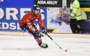Är det månne dags för Jocke Svensk –  elitseriens mest offensive libero – att ta ett kliv upp i banan med Edsbyns IF?