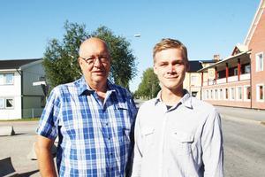 Moderaten Ulf Nyberg sitter i riksdagen och kandiderar för en nya mandatperiod. Här tillsammans med Härjedalens moderate oppositionsråd, Victor Ericsson.