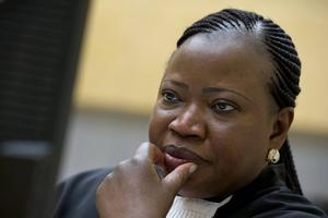 Under ICC:s nuvarande chefsåklagare, gambiska Fatou Bensouda, har domstolen öppnat sin första officiella brottsutredning utanför den afrikanska kontinenten i och med den pågående granskningen av Georgienkriget. Bensouda tog över chefsåklagarposten 2011, efter argentinaren Luis Moreno-Ocampo. Foto: Peter Dejong/AP/TT