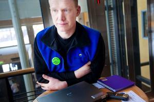 """""""Pep talk kan handla om att någon har kuggat på en tenta eller på flera tentor"""", berättar Daniel Hedin.Foto: Håkan Luthman"""