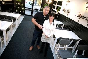 Mikael och Eva Hayden öppnar Gamla Grändens Café vid gågatan i Ludvika – åtta år efter att de sålde Kaffestugan.