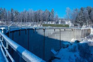 Dammen vid Krokströmmens kraftverk.