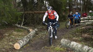 Magnus Ahlbäck i Västerås cykelklubb är nöjd med att Västerås stad är med på att utveckla spåren för mountainbike.