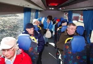 Mellan sju och åtta resenärer per tur brukar följa med bussen.