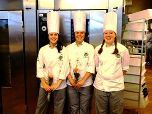 Veronica Lidström, Emelie Forsman och Cathrine Jacobson.