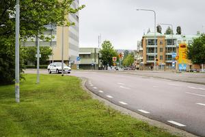 Den hårt olycksdrabbade Stadshuskorsningen i Bollnäs finns med i de planerade åtgärderna i den investeringsbudget som fullmäktige ska fatta beslut om i kväll.