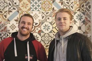 Andreas Lundin och Mattias Pettersson arrangerade stadsfesten i Gävle. Med och arrangerade Stadsfesten var också Johan Rosén, som saknas på bilden.