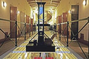 Den sista avrättningen i Sverige skedde med giljotin. Från Sveriges Fängelsemuseums tidigare utställning om dödsstraff.