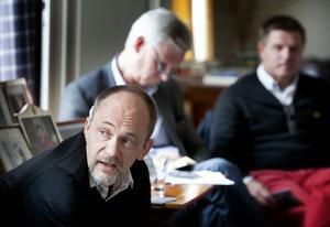 Joachim Granit från stiftelsen Färgfabriken i Stockholm tyckte att kommunen borde ta chansen och göra något ännu mer av det kommande varmbadet vid Prästa.