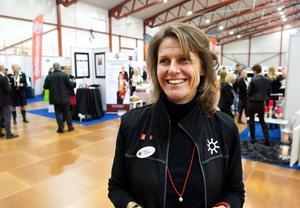 Maria Rolander, vd på Näringslivet Falun-Borlänge, arbetar också för det kontroversiella säljnätverket Forever Living.
