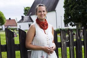 Ida Persson ena halva av Duo vox vocalem som i kväll uppträder i Skogs kyrka.