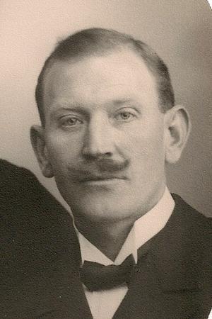 Bror Sundberg bevittnade delar av avrättningen genom ett kvisthål.