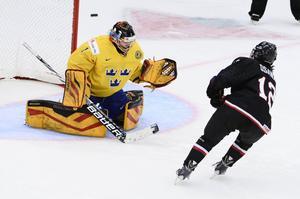 Japan vann med 4–3 mot Sverige efter att Chiho Osawa satte den avgörande straffen bakom Sveriges målvakt Sara Grahn.