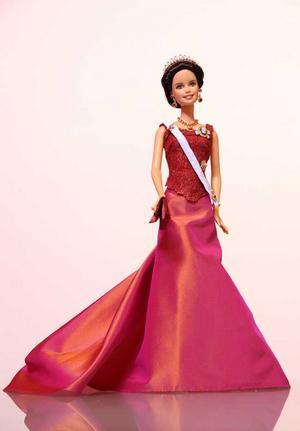 Kronprinsessan Victoria i dockform.