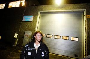 Annette Mohlin har jobbat som truckförare på utlastningen i 14 år. Nu hoppas hon på att få följa med till Skanderåsen.