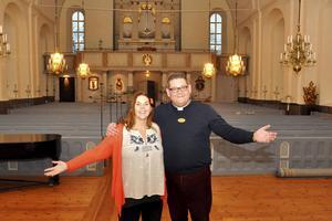 Kyrkvärden Anna Dellerhagen och vikarierande kyrkoherden Mattias Rådbo bjöd in till drop in-bröllop och dop i Säters kyrka på Alla hjärtans dag. Det slutade med succé och nu ska detta blir årligen återkommande.